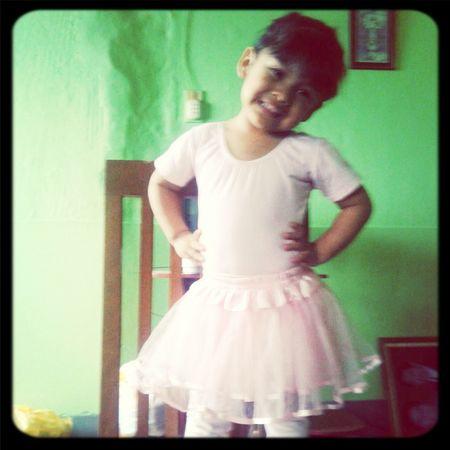 Baby Girls Love <3 Dancing