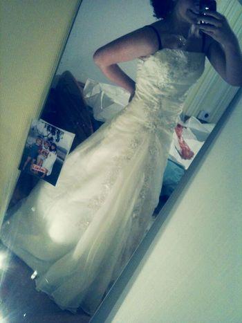Hochzeitskleid Von Meiner Schwester Egal Wie Stark Ein Mädchen Ist, Wenn Sie Verliebt Ist, Ist Sie So Verletzlich Wie Ein Kleines Kind.! Langeweile Kik Me Maleen123