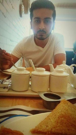 Breakfast Sunday Brunch Around The World Tea Is Healthy Karachi EidDay3 Greentea Iknowyouwantsome Girls Comeeat
