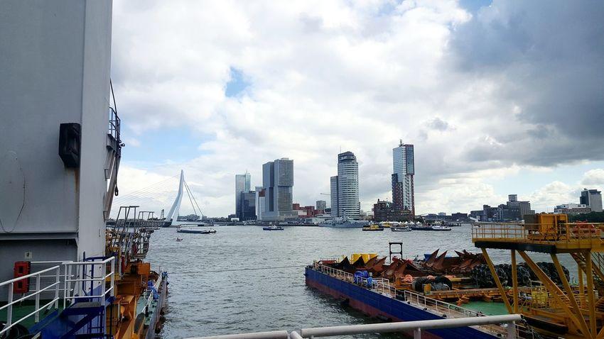 Taking Photos River View City Cloudy Architecture Erasmusbrug Skyscrapers Kop Van Zuid Maas Wereldhavendagen