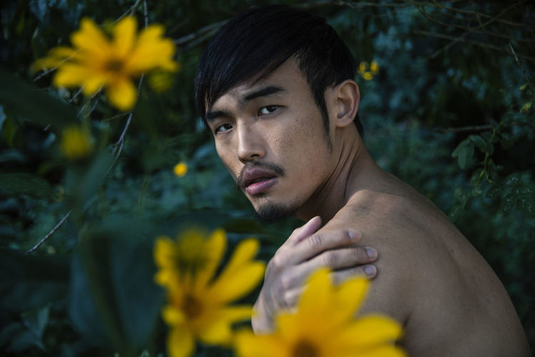 Yu-Liang in Berlin Leasure Time Looking At Camera Morning Light Nature Nude-Art Relaxing Shirtless This Is Masculinity Beauty In Nature Close Up Flower Leasure Activity Nude_model Nudeartphotography Outdoors Portrait Relaxing Moments Touching