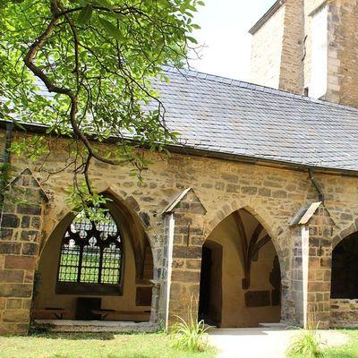 Merseburgerdom Schloss Dom Church hof mit kreuzgang