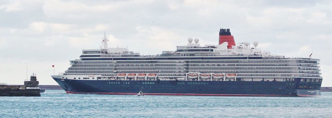 Queen Elizabeth  Cunard Three Queens Cunard