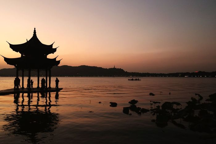 Sunset Sunset Silhouette Sky Nature Architecture Water Outdoors Scenics Beauty In Nature XiHu West Lake, Hangzhou Perspectives On Nature Perspectives On Nature