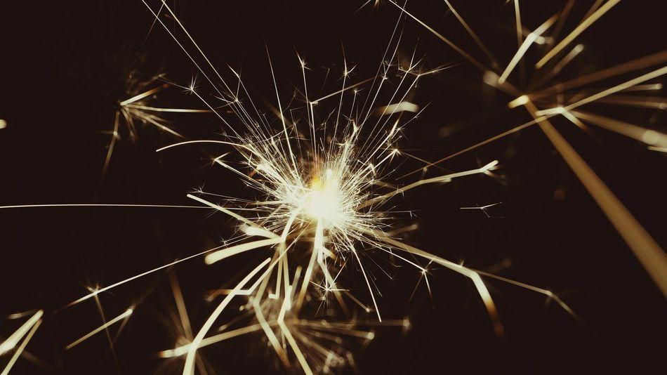 Happy New Year! NewYear Happynewyear Wunderkerze Sparkles Neujahr NYE Silvester Prostneujahr Licht Kerze Macro Funken Frohesneues FELIZANO Bonneannee Frohesneuesjahr Nahaufnahme Firework - Man Made Object Arts Culture And Entertainment No People Close-up Sparkler Illuminated Backgrounds