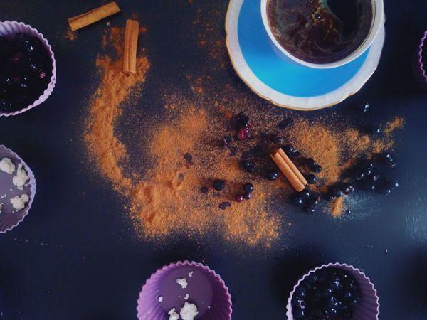 Taste Flavour Hot Drinks Baking Ingredients Cinnamon Roll  Black Currants Blueberries Cup Of Coffee Cinnamon