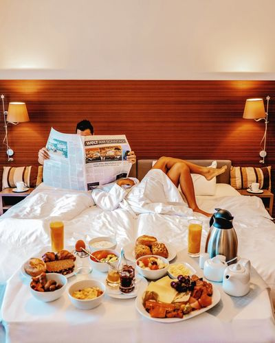 Coffee Bed News Welt Am Sontag Germany Bedroom Breakfast Worldnews News Paper Couple Men Woman Sweet Food Food And Drink Served Slice Of Cake Double Bed Scrambled Eggs Corn Flakes Cheesecake Chocolate Cake Mattress Bedtime Various Cake