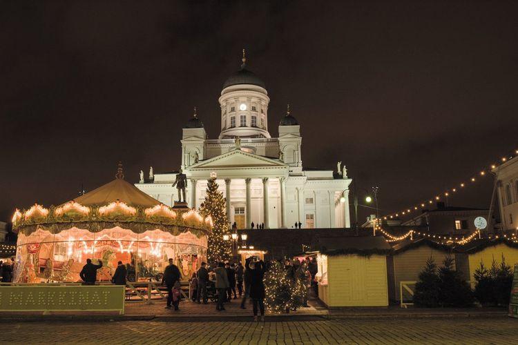 Thuommaan Markkinat Christmas Market City Outdoors Spirituality Religion Building Exterior Illuminated Architecture Built Structure Night Helsinki By Night Helsinki Cathedral Helsingfors Cathedral Helsingfors Helsinki