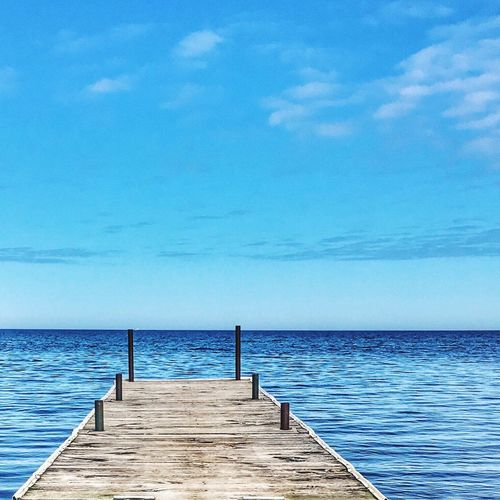 My Favorite Photo Blue Wave Relaxing Serenity Serene Outdoors Ahhhhh Lakeshore Enjoying Life IPhoneography Horizon Over Water Breathtaking Let Your Hair Down Letmestayhere Pondering The Essence Of Summer