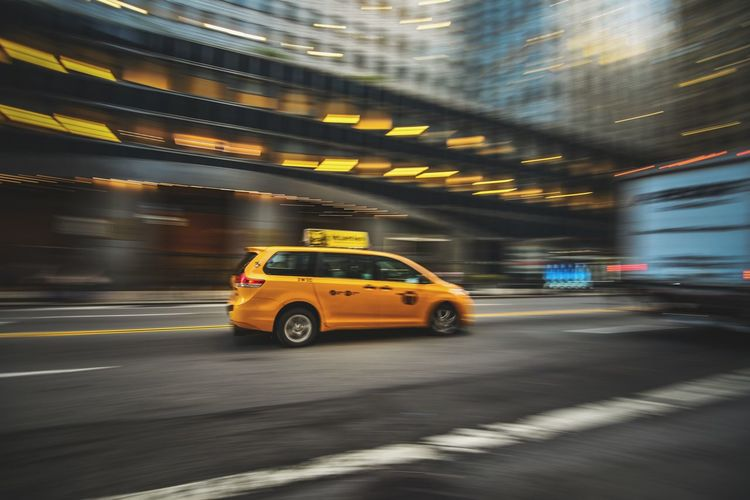 Taxi 🚖 panning shot Taxi New York New York City New York City New York ❤ City Yellow Taxi Defocused Neon Motion Public Transportation Downtown District Speed Car Driving Moving Light Trail Light Painting Vehicle Light Long Exposure Street Light Road Road Marking The Art Of Street Photography