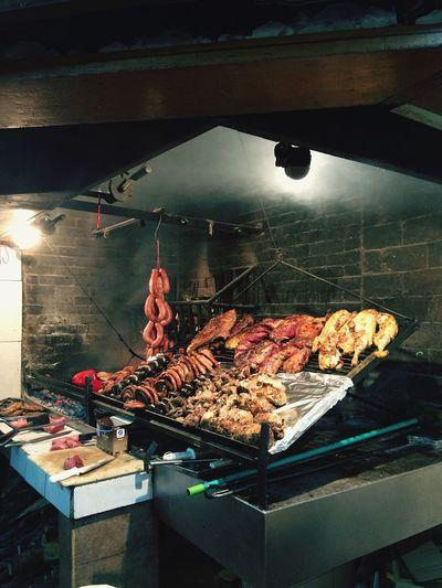 Parilla uruguaya. Uruguay Montevideo Meat Asado Parilla Grill Smoke Carne уругвай Монтевидео