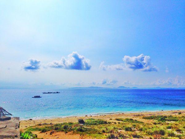 When i travel! 😂😂😂🌞👏🏻☀️🌊🌊 @ Hanging Out Hello World Enjoying Life Taking Photos Relaxing Sea @beachphotography