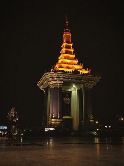 Night Architecture Built Structure Outdoors Phnompenh Independence Monument Cambodia Religion Pagoda Ancient No People Spirituality Travel Destinations Sky
