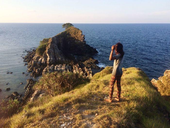 Looking at the horizon. Hanging Out Check This Out Kapasisland Islandlife