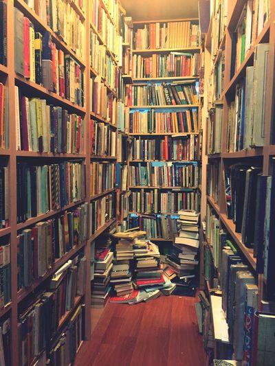 Books Booking A Room Library Sahaf Ankara Tunalı Hello World Check This Out