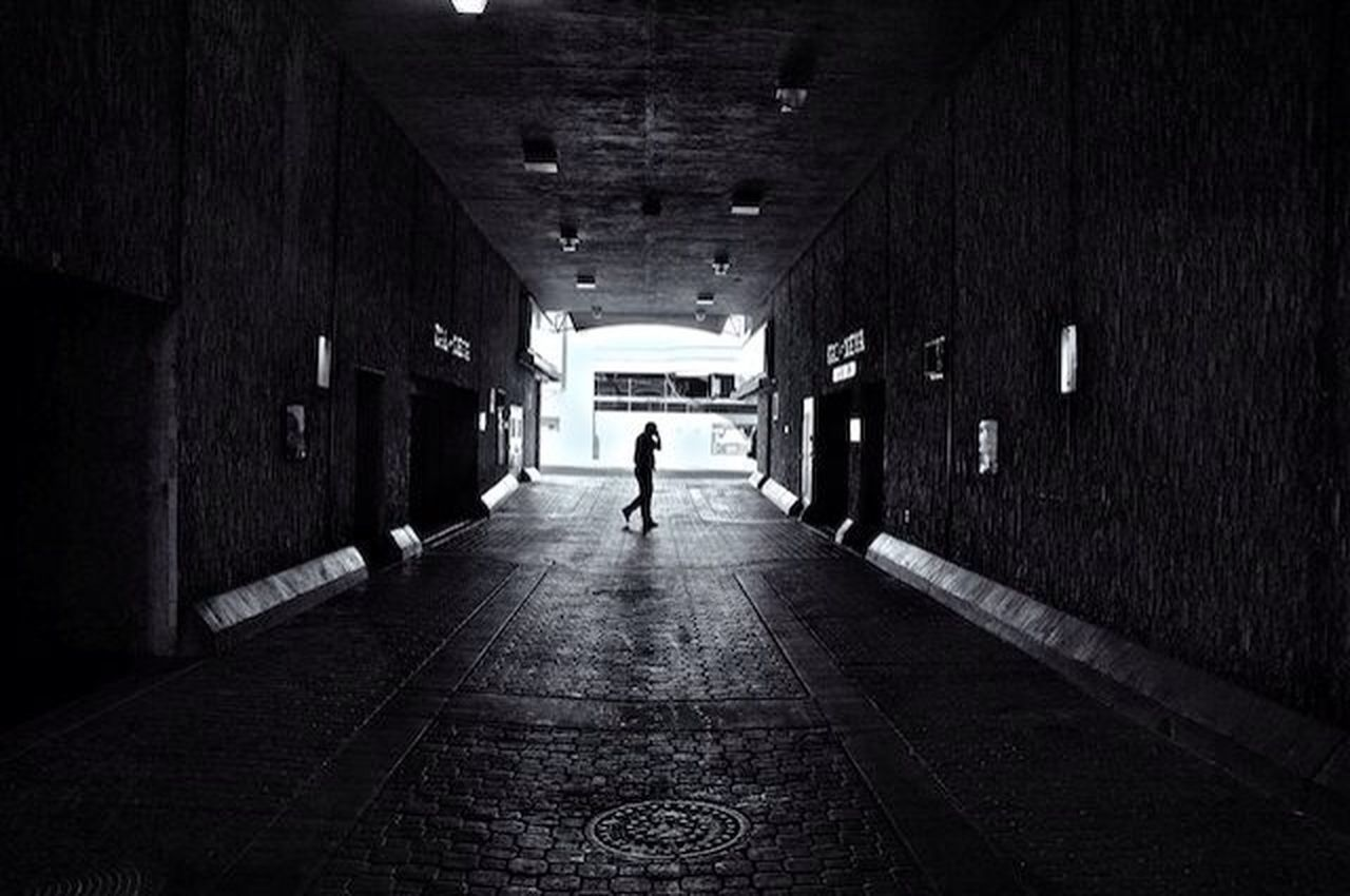 tunnel, built structure, architecture, indoors, the way forward, one person, lifestyles, day, full length, adult, people
