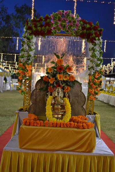 Decor Of Temple Devotional Ganesha Lord Of Success Lord Ganeshas Make Up Almost Complete Wedding Photography Decoration Devotional Time With God GaneshChaturthi Lord Ganesha