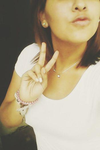 +kiss Girl Nice