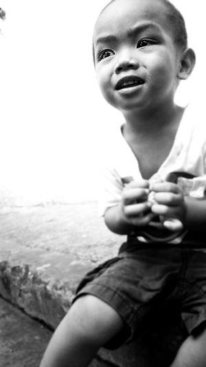 Monochrome Streetphotography Kid
