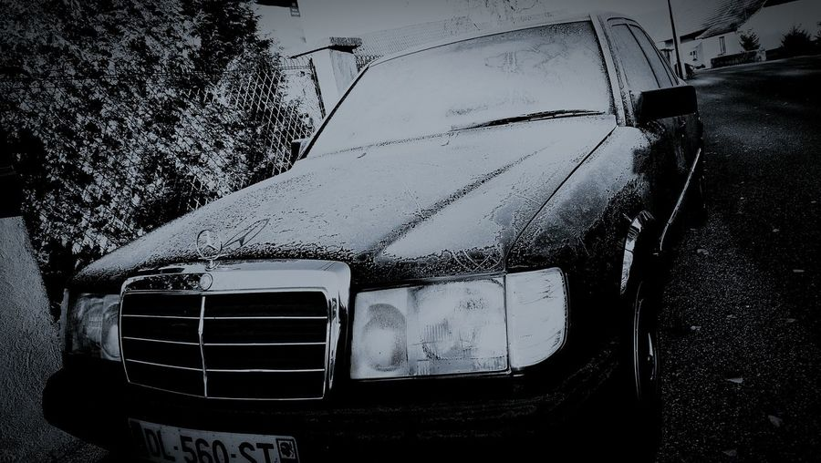 Starline One - MB w124 welcome Winter Car Old-fashioned Outdoors Day No People Cold And Frosty Frozen