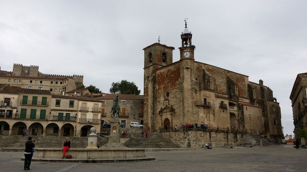 Plaza mayor de Trujillo. Relaxing Enjoying Life Pueblos De España Taking Photos