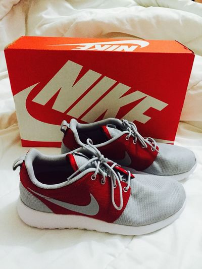 new kicks! 😍 Rosherun Grayred Nike WOW Cool Thankyoumom Happy Iloveyoumom Thankyoutito