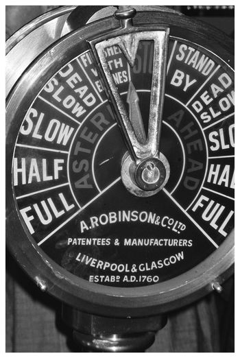 Engine Telegraph Blackandwhite Blackandwhite Photography Analogue Photography Analog Black And White Filmisnotdead Film Photography Analogue Photography Analogue Love Pentax Pentax Espio 120 Sw Kodak Kodak T-max 400 Point And Shoot Decoration Nautical Equipment Nautical Old History Clock Face Communication Text Close-up