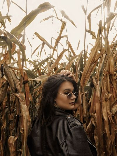 Cornfield photography Farm Corn Photography Cornfield Cornfields Orange Sunglasses Sun Autumn Young Women Portrait Smiling Looking At Camera Females Rural Scene Women Beautiful Woman Headshot Agriculture Ear Of Wheat Palm Frond Farmland Cereal Plant Tropical Tree Combine Harvester Corn - Crop Corn Corn On The Cob