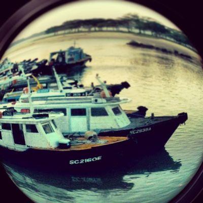 📱Iphone3gs Changi Singapore Boat 🚣Ferry 🚤Sea ⚓Sunset🌅 Puddingcamera Puddingto Instagram València Effect 🐠Fisheyelens 🐟👀