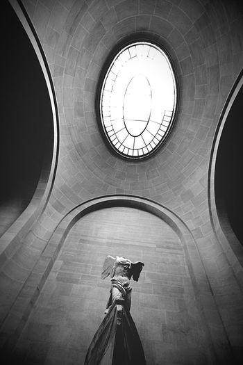Paris ❤ 胜利 女神 Louvre Summersereisnike