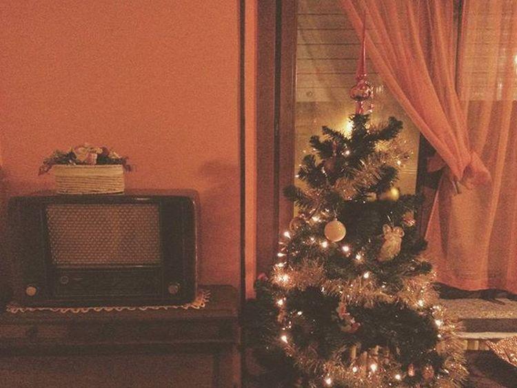 Christmas Christmastree Radio Christmascarol Christmassong Vintage