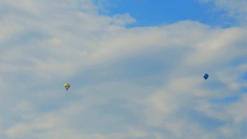 ... Adventure Balloon Balloons Beauty In Nature Cloud - Sky Day Extreme Sports Flying Nature Outdoors Sky
