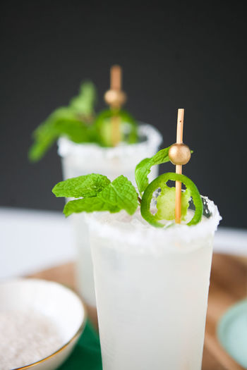 Colors Drinks Margarita Salt Alcohol Close-up Cocktail Drink Drinking Drinking Glass Drinking Straw Focus On Foreground Food Food And Drink Freshness Garnish Jalapeños Mint Leaf - Culinary Mojito Refreshment Sea Salt