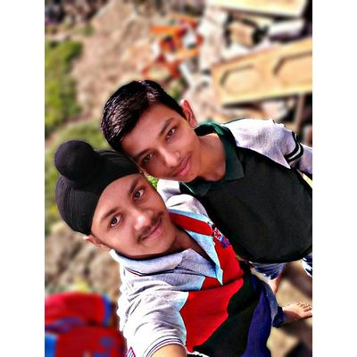 Selfieee_wid_frnd .... RaviMron_Photography HDR Blur Picsart