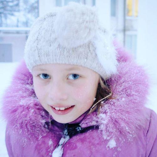малышка любимаядевочкамоя снег мороз зима глазки