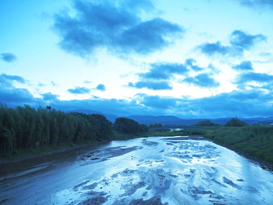 Beautiful countryside river landscape (綺麗な田舎の川の風景) Ad Beautiful Blue Color Copy Space Green Nature Quiet The Countryside Black Color Blue Sky Brown Countryside Evening Landscape Margin No Person Nobody Outdoors River Silence Sky Text Space Water Flow White 河川