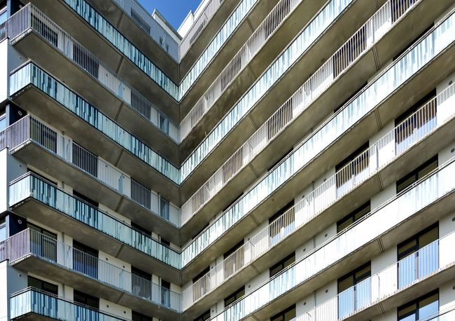 corner. Architecture Apartment Pergola Built Structure Building Exterior Window Balcony Conformity Modern No People Hamburg Hamburgmeineperle Façade Textures And Surfaces Facades Architecture_collection Graphic City Architecture Detail Close-up The Architect - 2017 EyeEm Awards