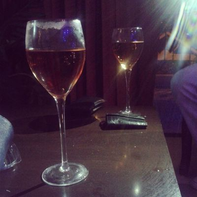 :) ohh happy night ! Wine Happymoments Happiness Saturdaynight