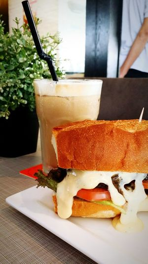 Sololunch KLCentral Sandwiches Cheeselovers