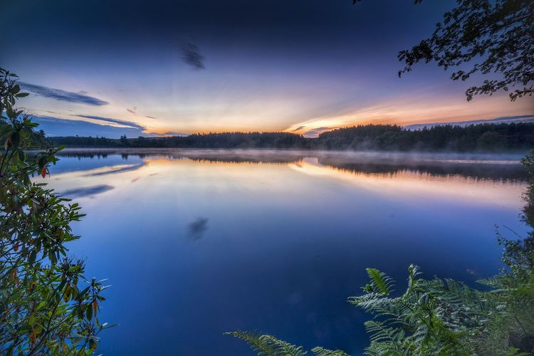 Reflection Sky Scenics Water Lake Nature Outdoors Blue Landscape Beauty In Nature Cloud - Sky No People Autumn Beauty Travel Destinations Night Tree Horizon Over Water Astronomy