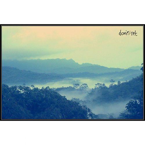 Lovely view 😀 Amaturecapture Amateur Canon Puthuksetumbu Borobudur Eksploremagelang Eksploreborobudur