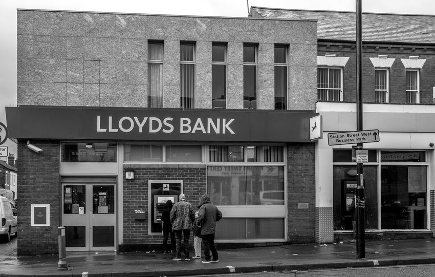 Lloyds Bank, Foleshill Road, Coventry Coventry Black And White Blackandwhite Monochrome Street FUJIFILM X-T2 Foleshill Road Urban Banks Architecture