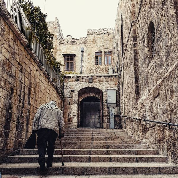 Try to keep your soul young and quivering right up to old age... Jerusalem Friends Oldman F4F L4l Amazing City People Photography Photooftheday All_shots Love Real People Holyland Like Vida