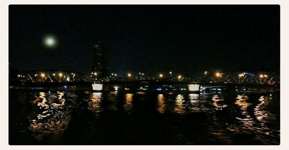 River Night Lights Bridges ่Chao Phraya River Night Lights; By Chao Phaya River, BKK, THA Nightcall