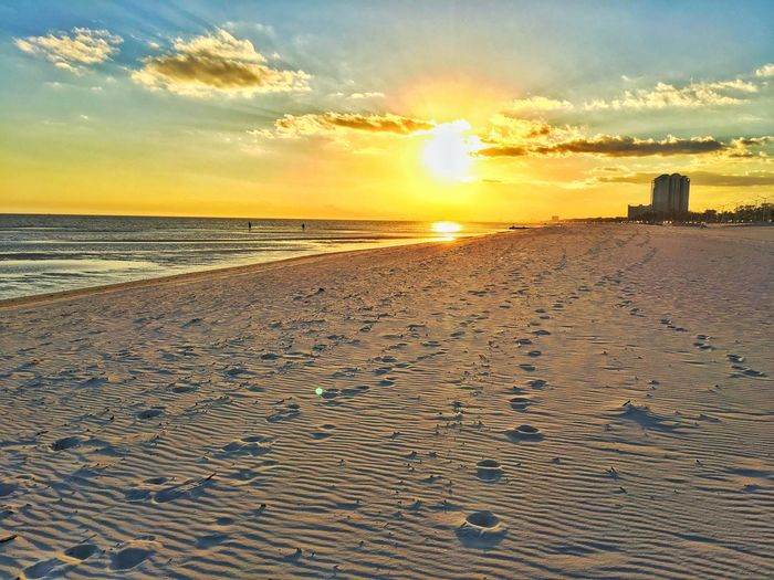 Ok! No more sunset photos, I promise! 😝 Epicsunset First Eyeem Photo Beaches Beachphotography FootPrint Walkinthebeach