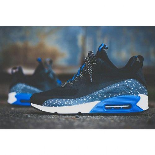I want this Nike Air Max 90 Sneakerbook NS in this slick royal/metallic colorway! Damn look so dope! Sneakermania Kicksphilippines Shoegram Soleslam nicekicks nikeshoes airmax