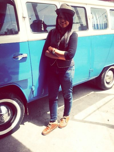 let's hang out! Hanging Out That's Me Volkswagens Beautiful