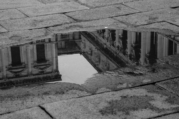EyeEmNewHere Historical Building Rain Reflection Venice, Italy Architecture Black And White Building Exterior Built Structure Outdoors San Marco Venezia Water Black And White Friday