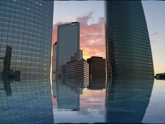 Sky And Clouds Color La Defense - Paris - France Crepusular Crépuscule Skyscraper Reflection HuaweiP9 BYOPaper!