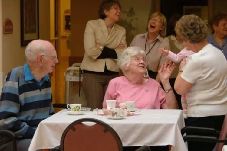 Senior Adult Senior Women Table Sitting Food And Drink Togetherness Men Adult Smiling Indoors  Happiness Women People Enjoyment Medium Group Of People Adults Only Dining Room Friendship Retirement Community The Week On EyeEm
